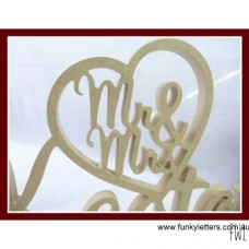 Mr&Mrs in heart /Surname UNPAINTED